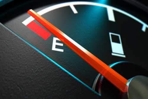 رانندگی با حداقل بنزین در باک، به خودرو آسیب خواهد زد