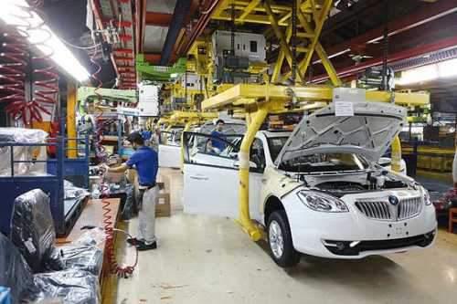 فراز و فرودهای تولید خودروهای سواری در ایران