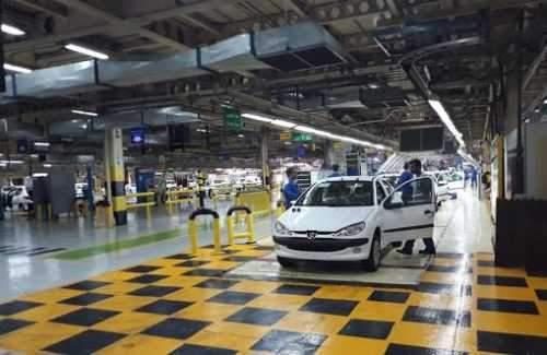 حضور دولت در صنعت خودرو، عامل عقبماندگی صنعت است