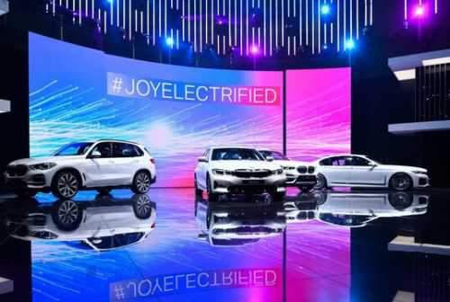 نمایشگاه خودروی ژنو برای سال آینده هم کنسل شد