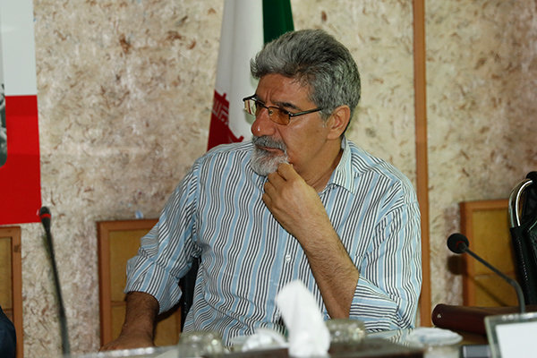 ادبیات ایران پس از انقلاب به تکنیک و فضاهای تازهای دست پیدا کرد