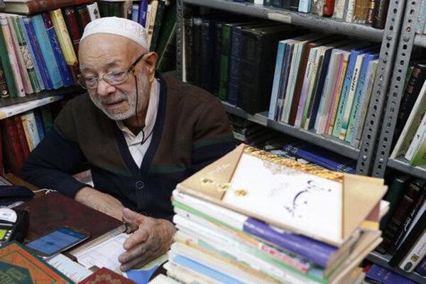 بیش از شش دهه جهاد مکتوب برای احیاء علوم دینی